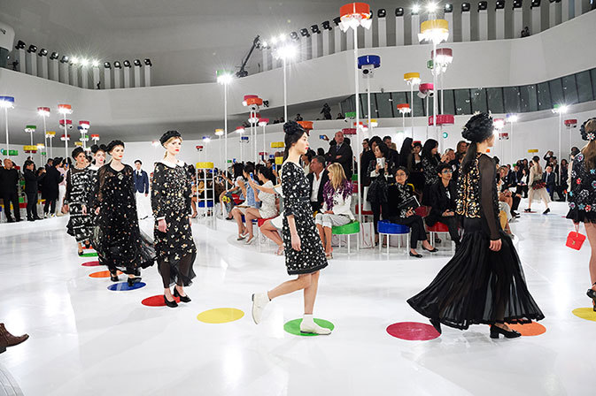 chanel-cruise-2015-16-paris-seoul
