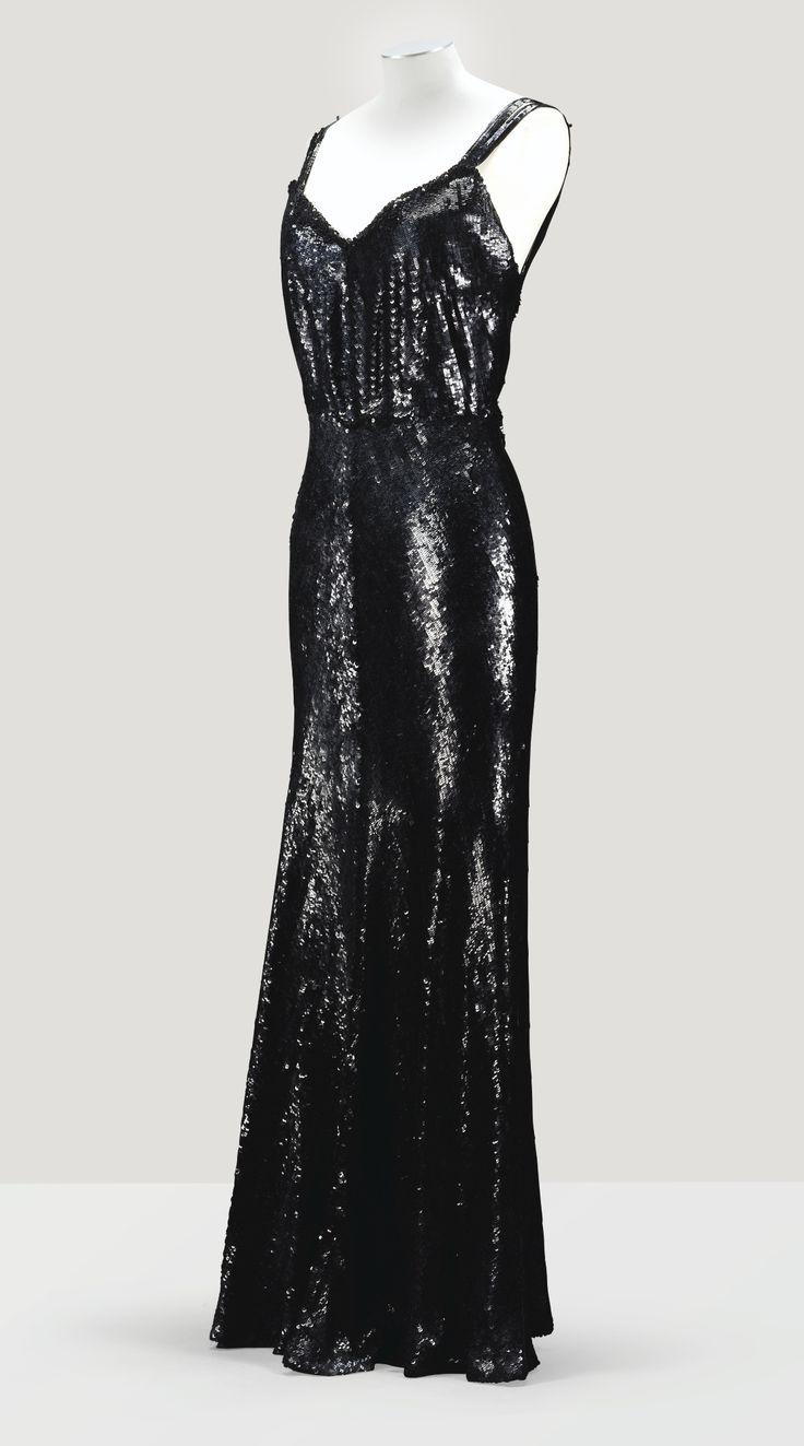 Chanel haute couture Fourreau du soir en paillettes noires 1932 L'Esprit de Gabrielle