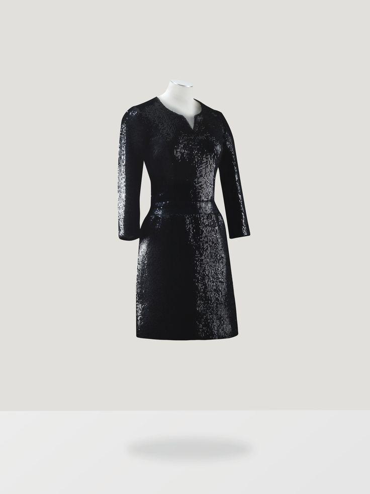 Chanel haute couture Robe du soir courte en paillettes noires 1963 Romy Schneider L'Esprit de Gabrielle