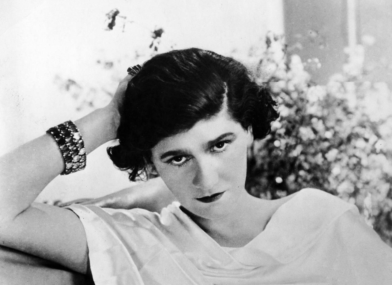 Gabrielle Coco Chanel en 1920 Esprit de Gabrielle jeronimodiparigi-dev-esprit-de-gabrielle.pf1.wpserveur.net