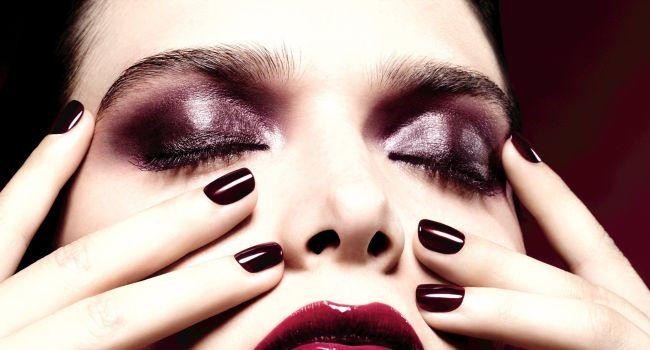 Chanel vernis Rouge noir 20 ans Esprit de Gabrielle jeronimodiparigi-dev-esprit-de-gabrielle.pf1.wpserveur.net