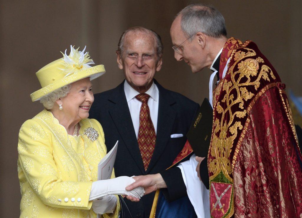 Lady Amelia Windsor en CHANEL anniversaire 90 ans Elizabeth 2 Esprit de Gabrielle espritdegabrielle.com