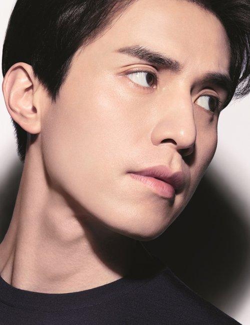 Lee Dong Wok BOY de CHANEL maquillage hommes Esprit de Gabrielle espridegabrielle.com