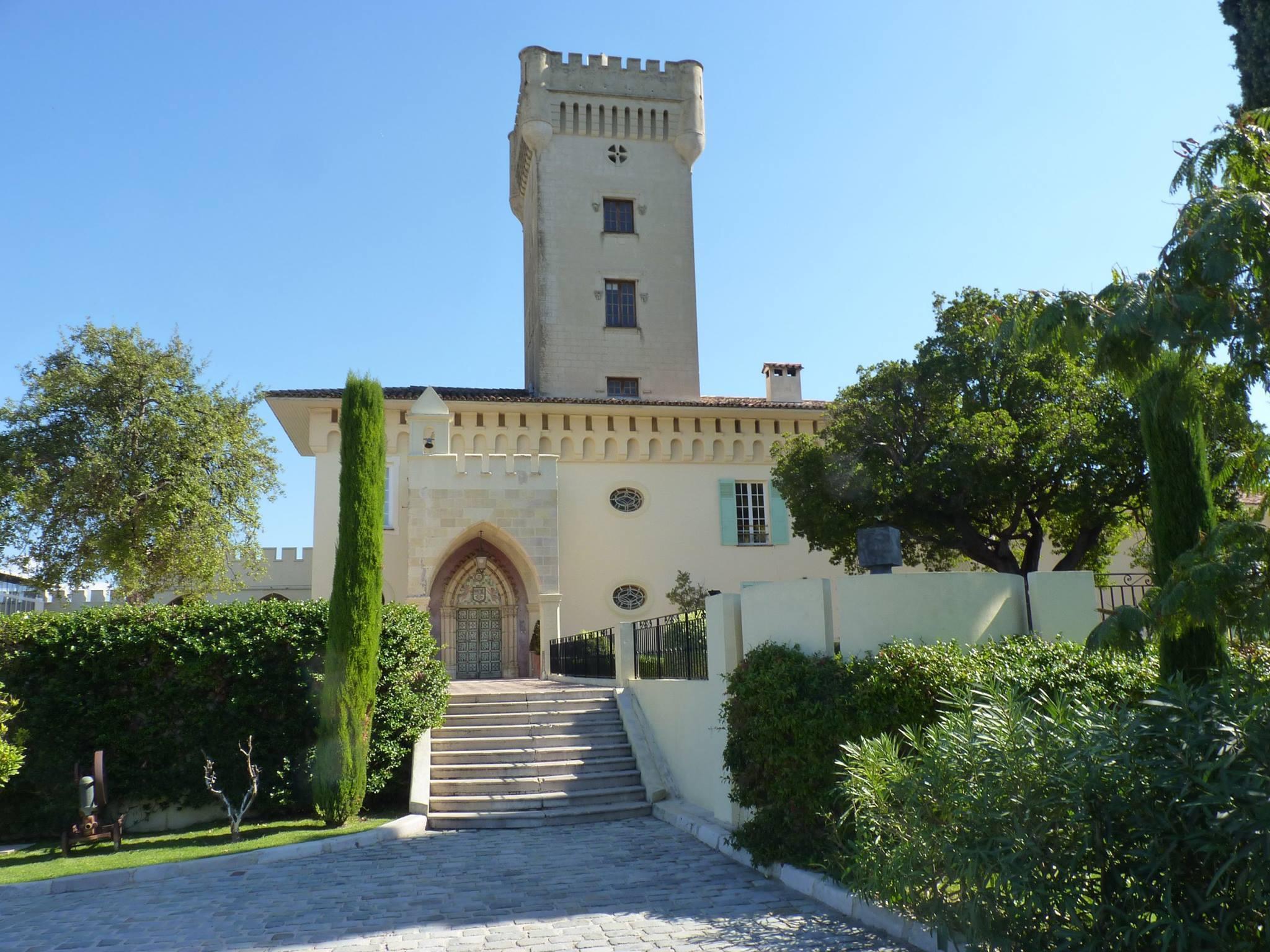 Château de Crémat Esprit de Gabrielle espritdegabrielle.com