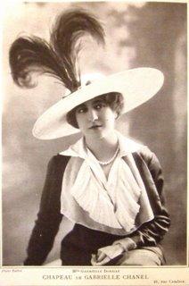 Chapeau créé par Gabrielle Chanel en 1912 Les Modes Esprit de Gabrielle espritdegabrielle.com