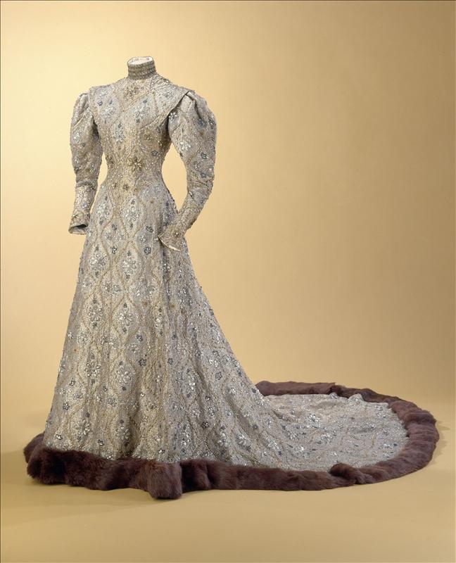 Robe byzantine Worth 1904 Esprit de Gabrielle espritdegabrielle.com