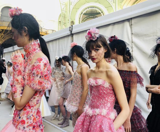 CHANEL Haute Couture SS 2018 printemps été rose Esprit de Gabrielle espritdegabrielle.com