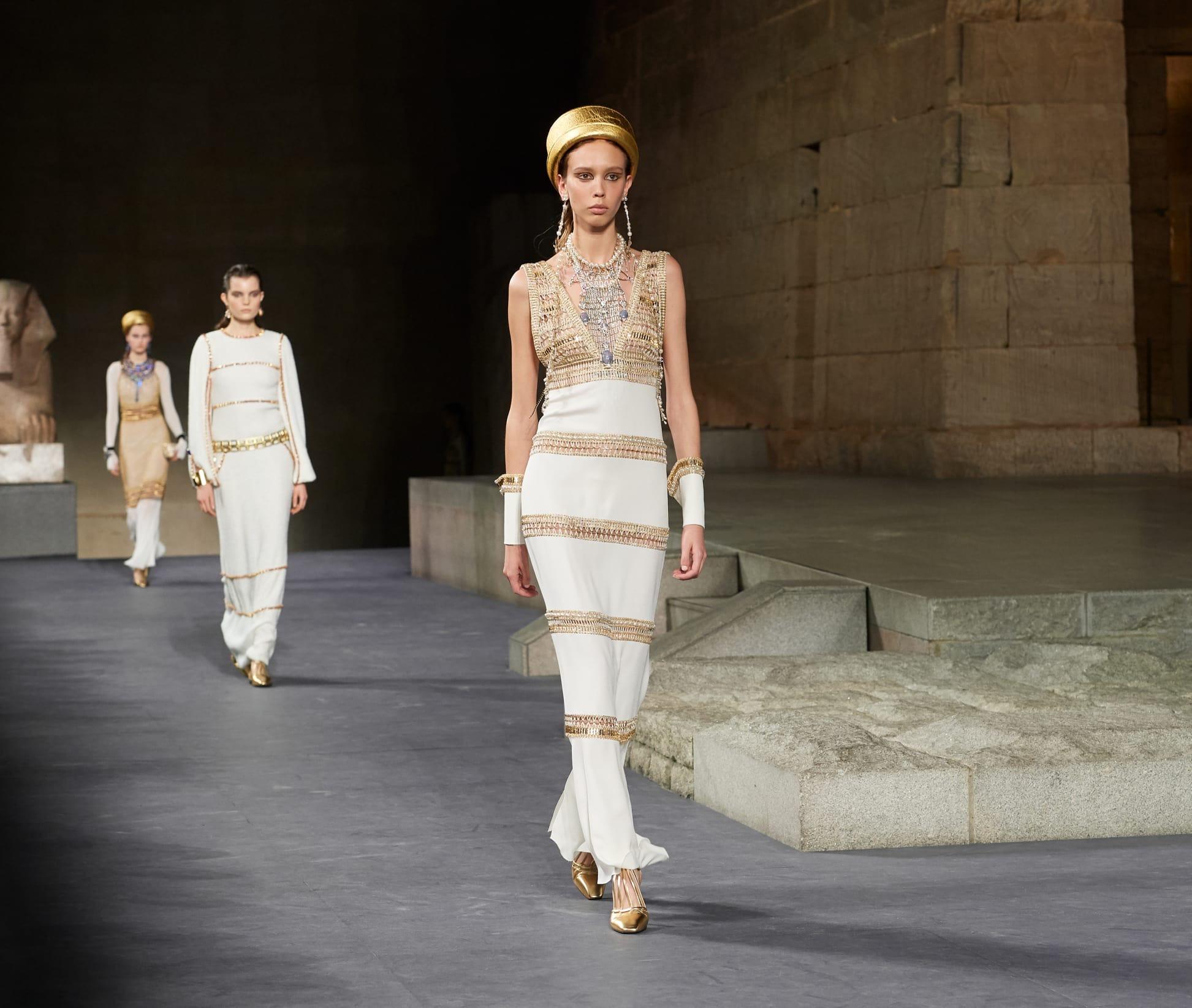 CHANEL Métiers d'art Paris New York Look 59 Esprit de Gabrielle espritdegabrielle.com