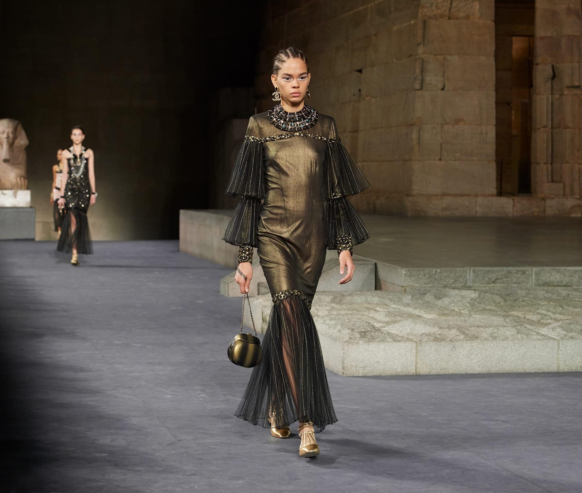 CHANEL Métiers d'art Paris New York Look 75 Esprit de Gabrielle espritdegabrielle.com
