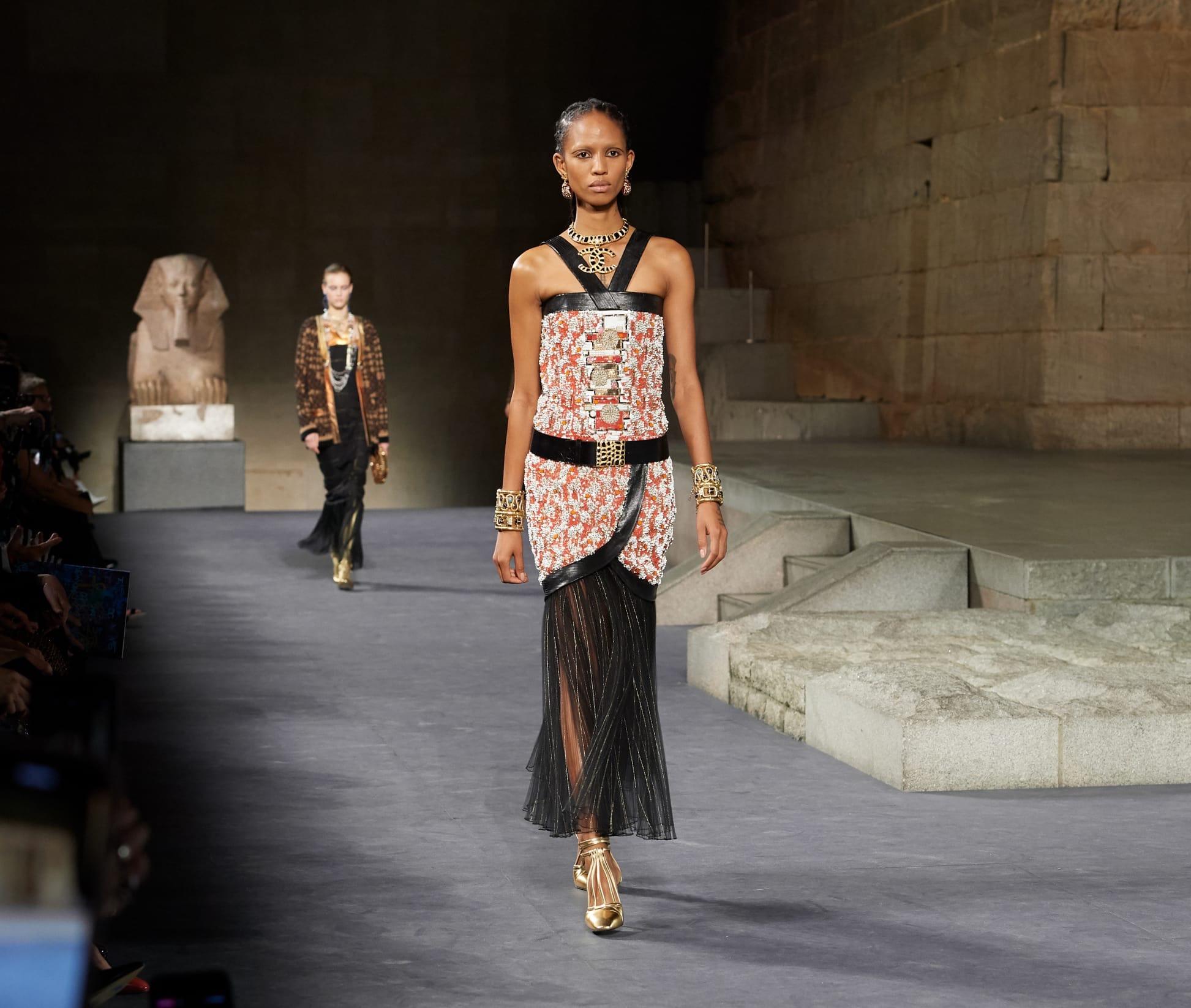 CHANEL Métiers d'art Paris New York Look 77 Esprit de Gabrielle espritdegabrielle.com