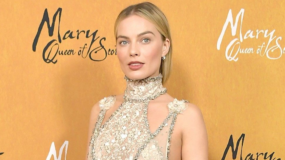 chanel Margot Robbie Mary Queen of Scots Esprit de Gabrielle espritdegabrielle.com