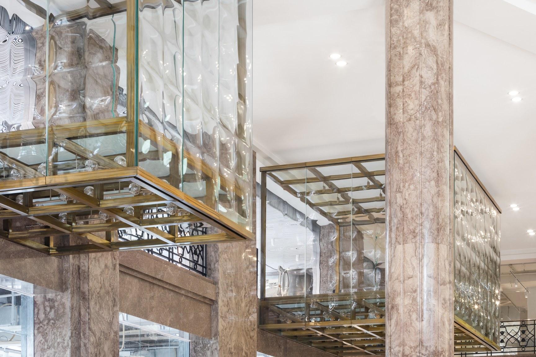 Galeries Lafayette Champs-Elysées - Boîtes de verre - mars 2019 (c) Delfino Sisto Legnani e Marco Cappelletti