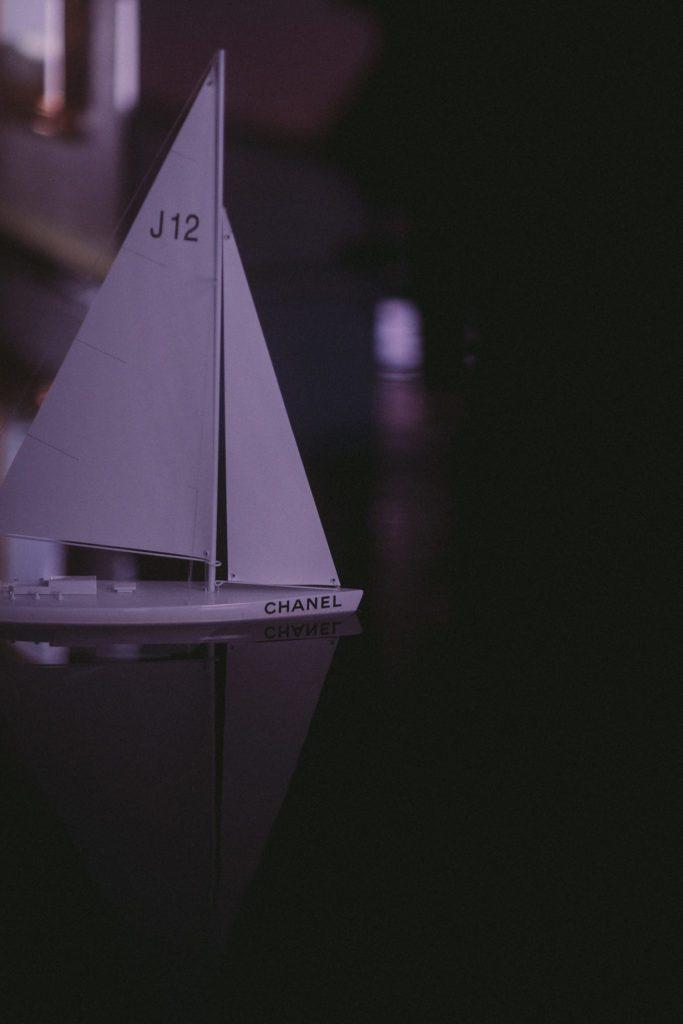 CHANEL présente sa nouvelle montre J12 18 place Vendôme