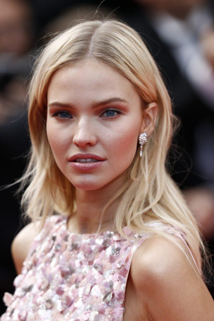 CHANEL Sasha Luss Cannes 2019 Esprit de Gabrielle espritdegabrielle.com