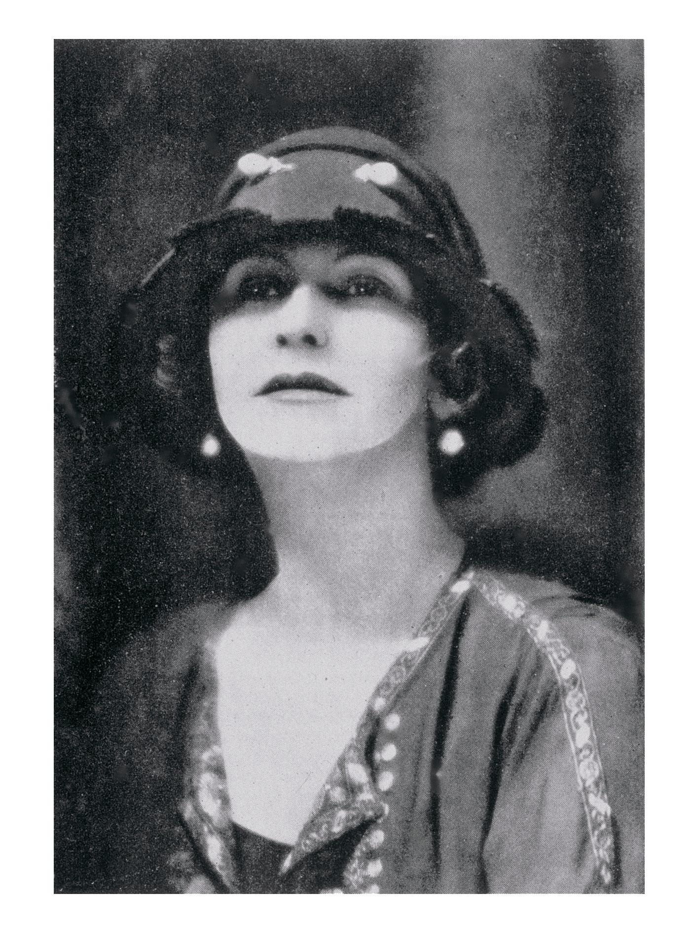 1923 Gabrielle Chanel Russian shirt Esprit de Gabrielle espritdegabrielle.com