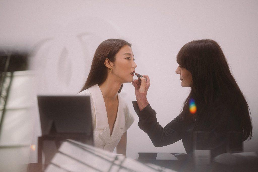Ji Hye PARK Lucia PICA Lancement de la collection CHANEL maquillage automne-hiver 2019 Esprit de Gabrielle espritdegabrielle.com