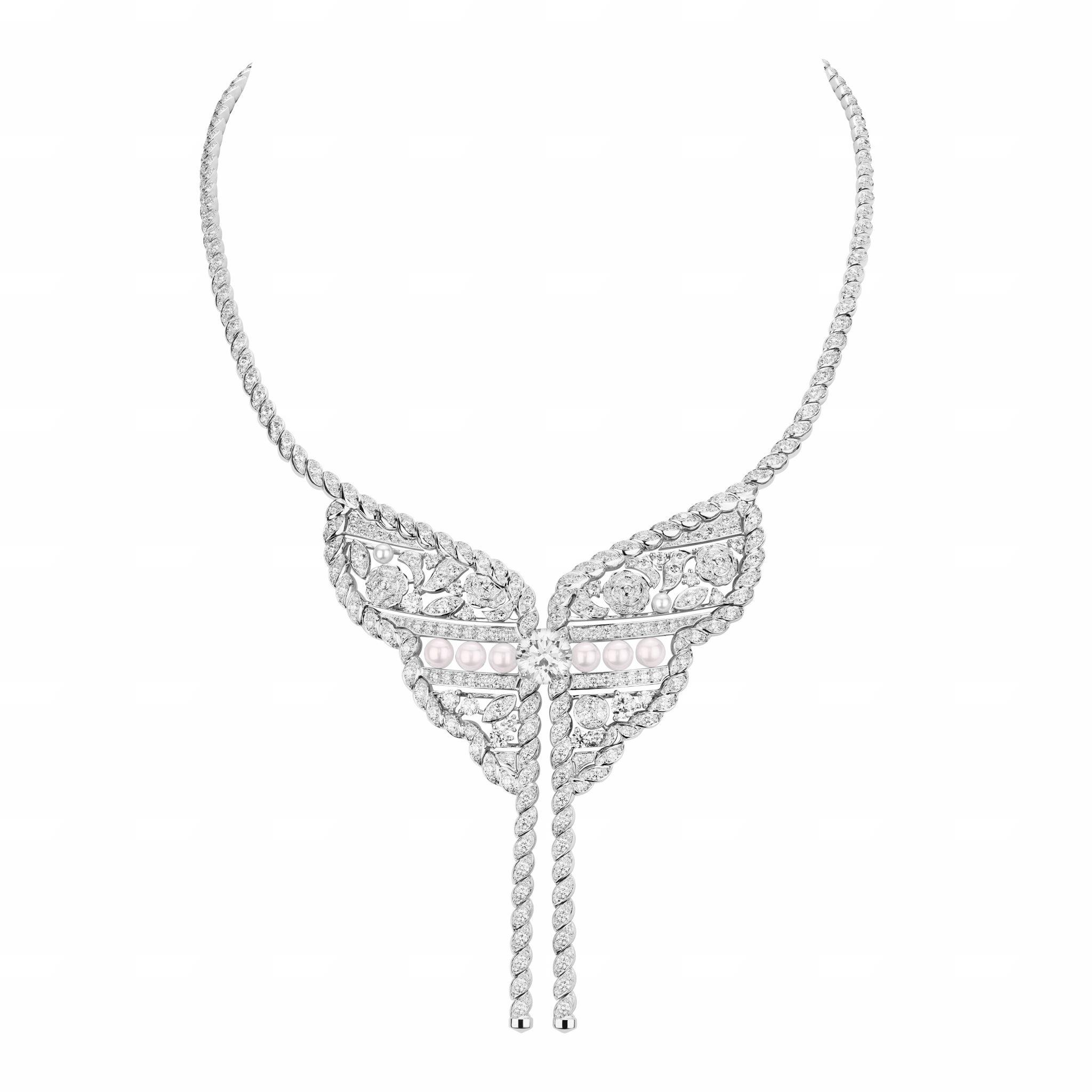 Roubachka CHANEL collier Esprit de Gabrielle espritdegabrielle.com