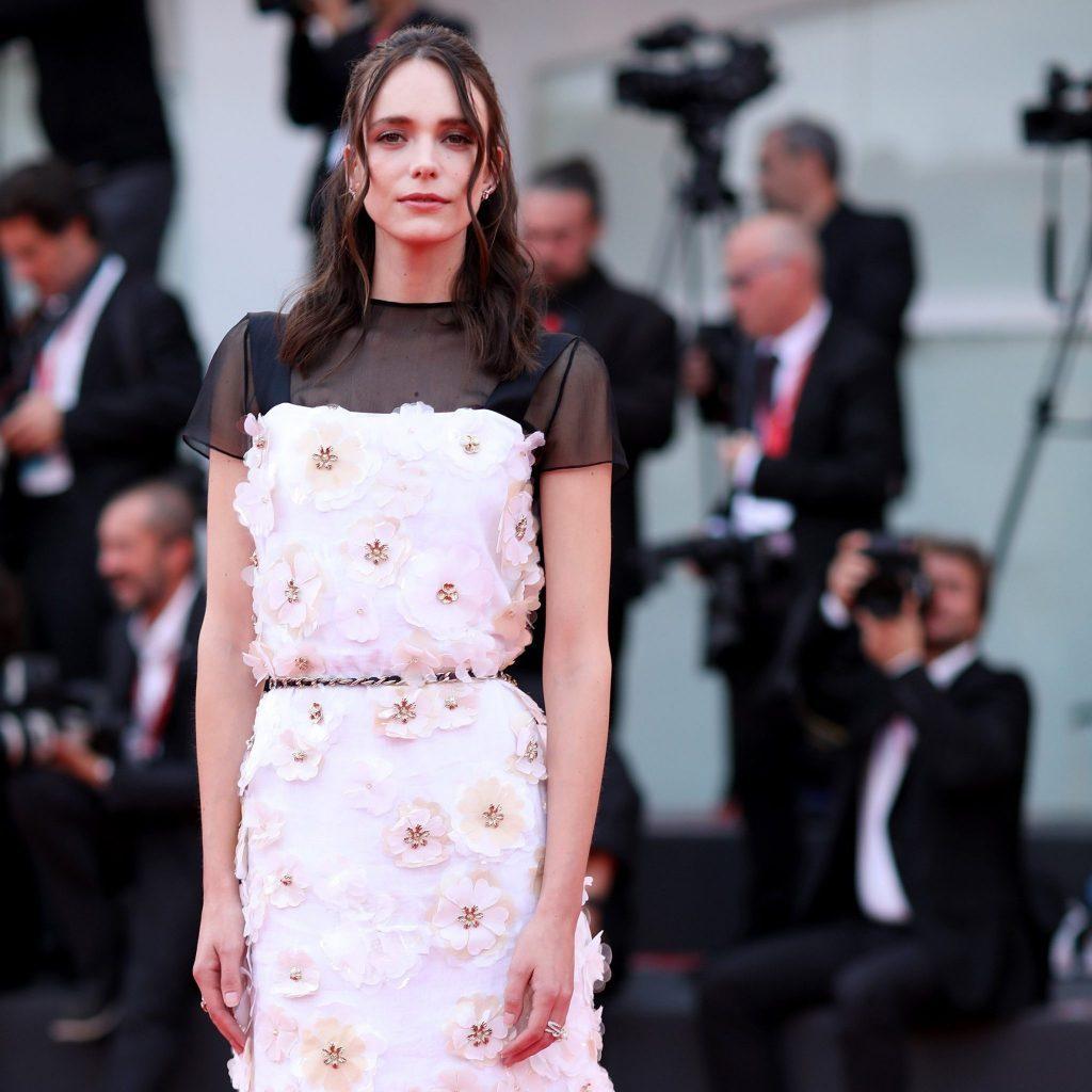 76e Festival International du Film de Venise - Stacy Martin CHANEL Esprit de Gabrielle espritdegabrielle.com