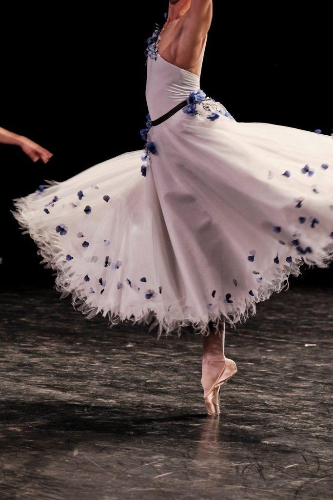 CHANEL Gala Opéra Paris danseuses Esprit de Gabrielle espritdegabrielle.com