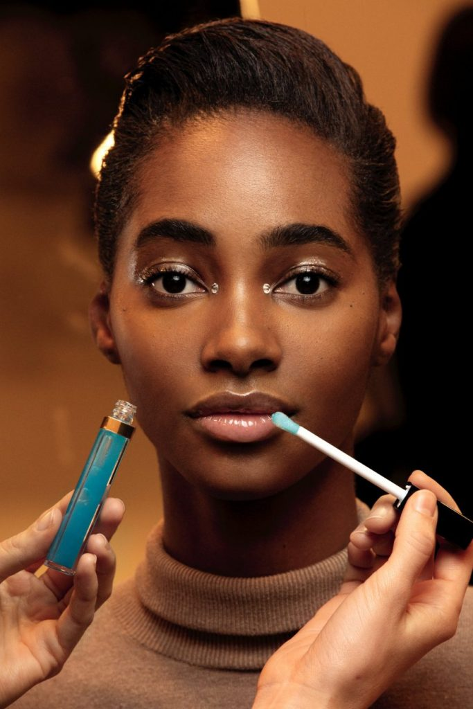 CHANEL Makeup Métiers d'Art Paris Cambon 2019/20 Esprit de Gabrielle espritdegabrielle.com