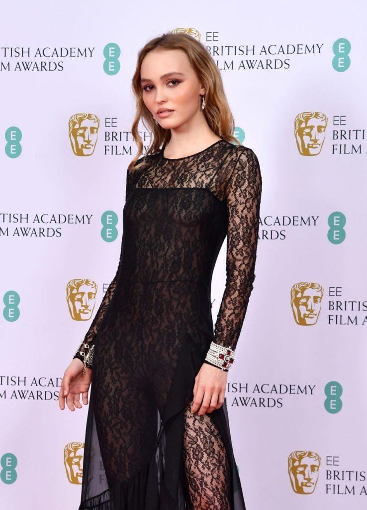 Lily Rose Depp 73e BAFTA Londres Esprit de Gabrielle espritdegabrielle.com