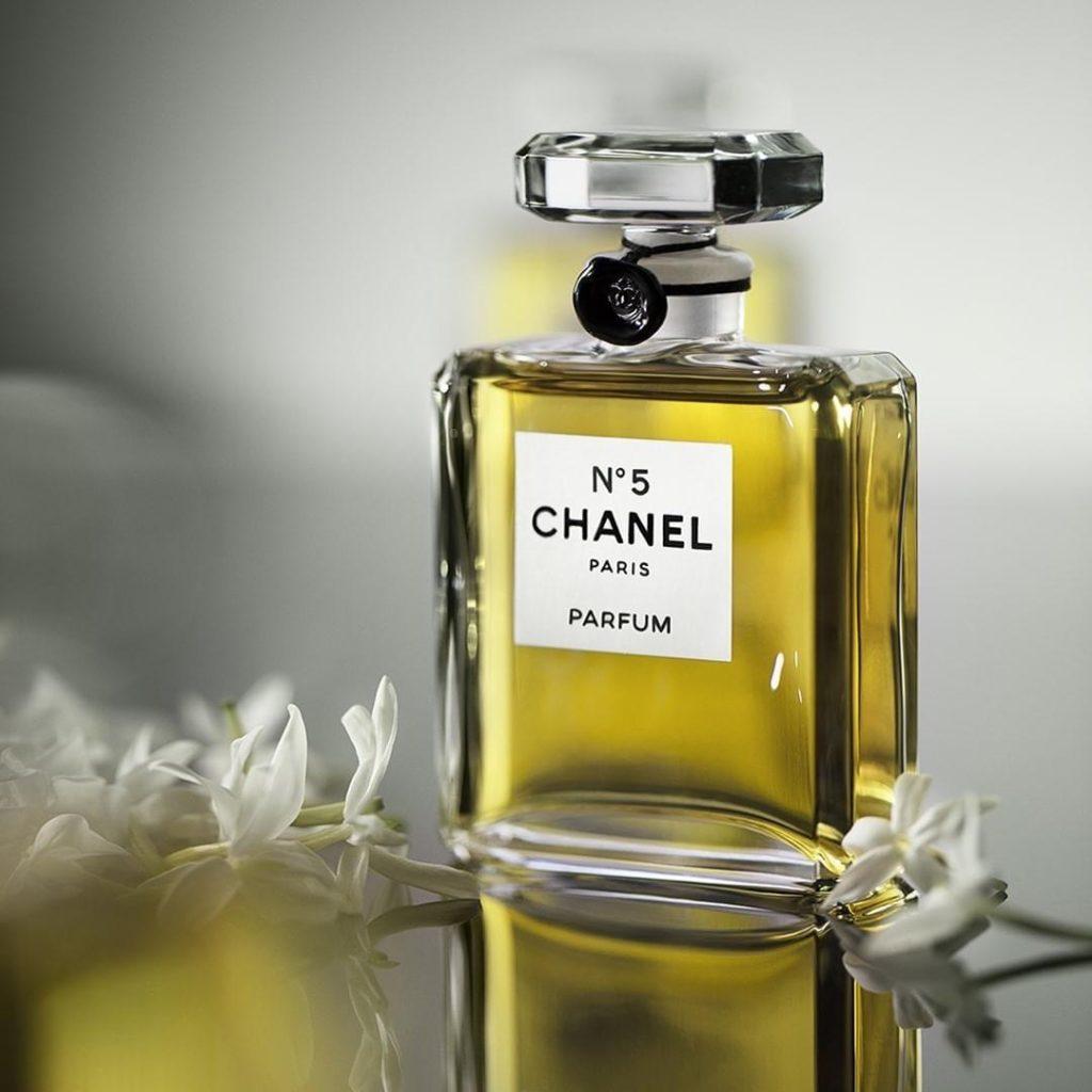 CHANEL PARFUMEUR JE SUIS UNE FLEUR Esprit de Gabrielle espritdegabrielle.com