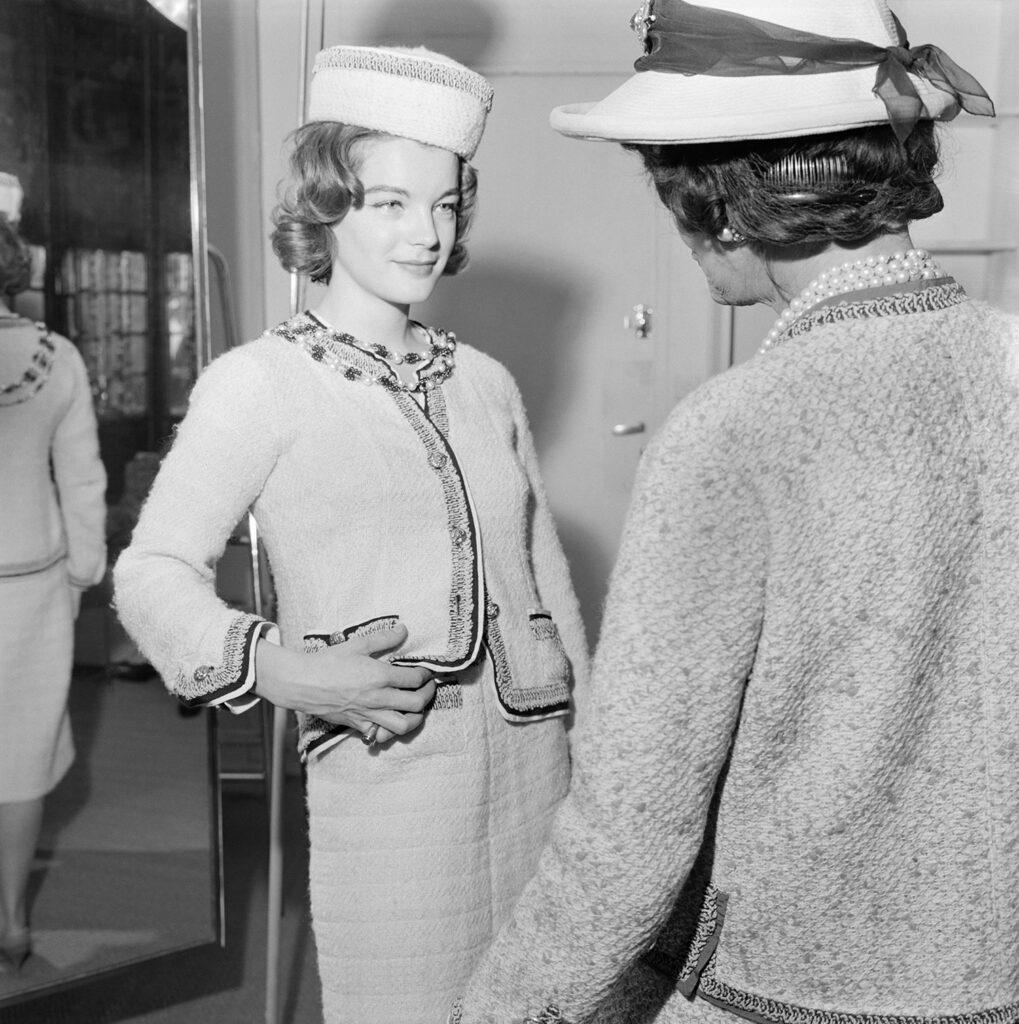 CHANEL et le cinéma 1961 Romy Schneider et Gabrielle Chanel Esprit de Gabrielle espritdegabrielle.com