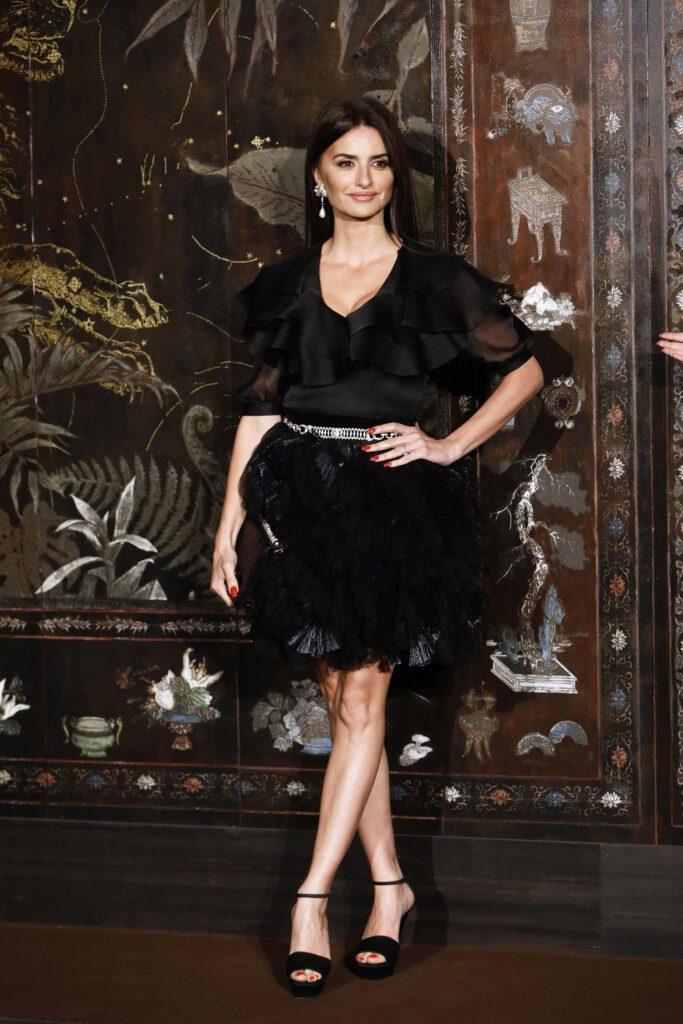 CHANEL et le cinéma 2019 Penelope CRUZ CHANEL Metiers d'art 2019-20 Esprit de Gabrielle espritdegabrielle.com