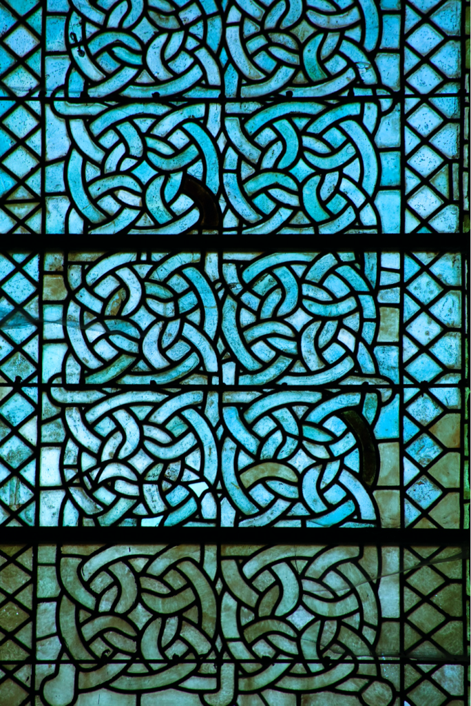 Abbaye Aubazine Esprit de Gabrielle espritdegabrielle.com