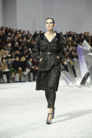 Stella Tennant CHANEL prêt-à-porter automne-hiver 2012-13 Esprit de Gabrielle espritdegabrielle.com