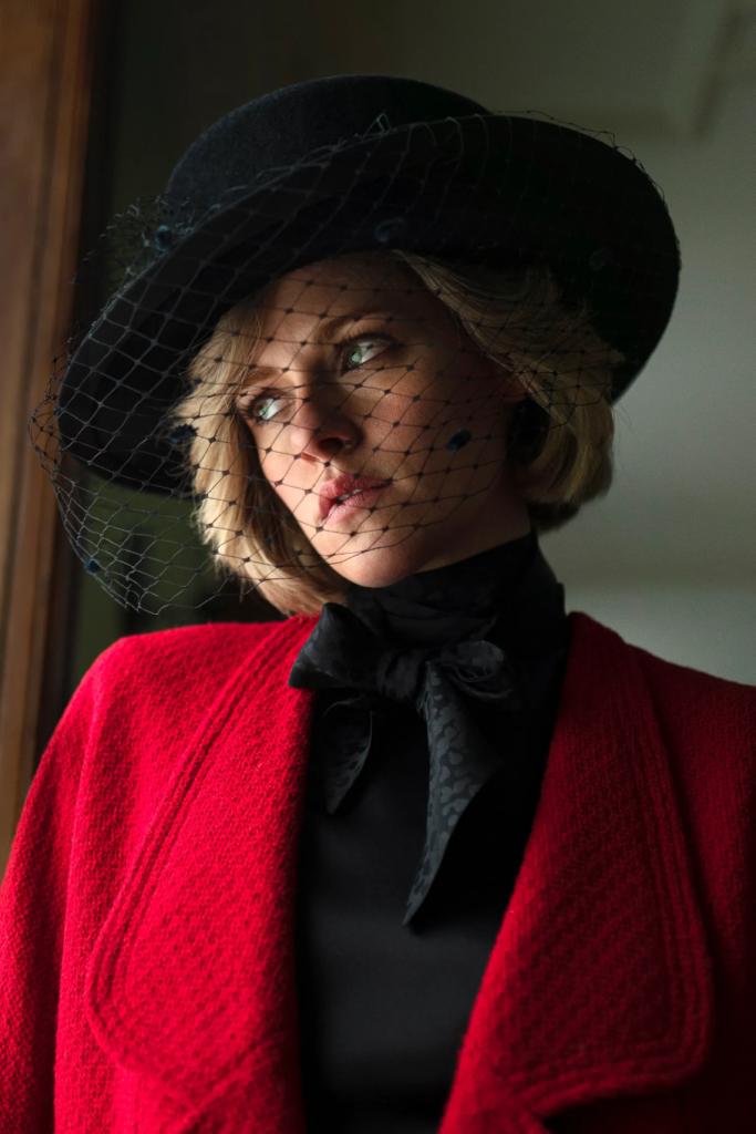 Kristen Stewart Lady Diana film Spencer CHANEL Esprit de Gabrielle espritdegabrielle.com